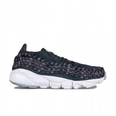 image: Air Footscape Woven NM Black