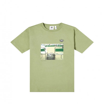 image: Photo Shirt Tent Green